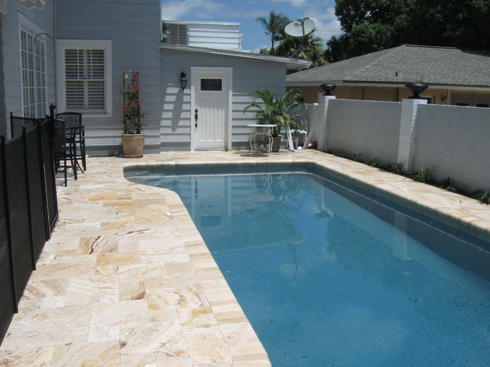 Recent pool deck remodel lightning pools pavers for Best pavers for pool deck