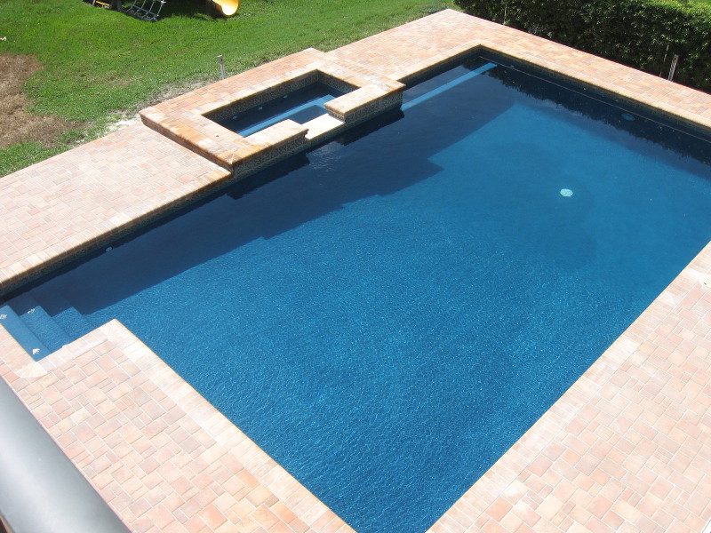 contact Lightning Pools & Pavers